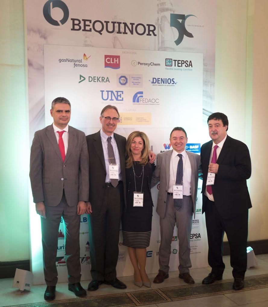 D. Arturo Ricarte, D. Luis Sala y D. Josep Forés, TEPSA con Dña. Rosa Sánchez y D. Javier Giner, BEQUINOR