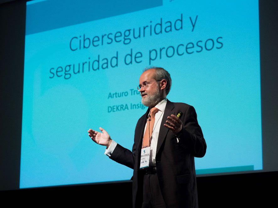 D. Arturo Trujillo, Director General, España DEKRA Insight